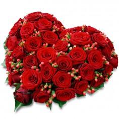 """Цветочное сердце """"Красная любовь"""""""