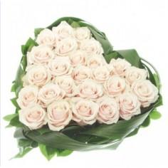 """Доставка """"Белое сердце из цветочков"""""""