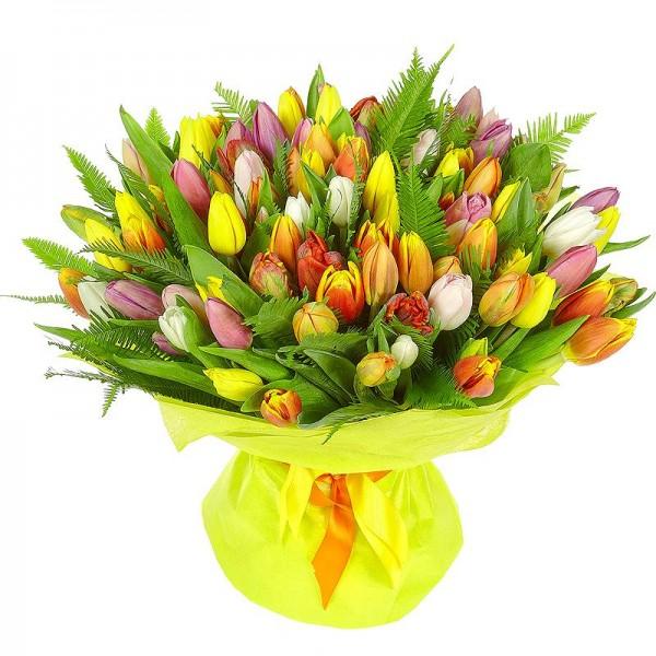 Ее любимое растение - тюльпаны